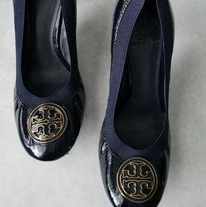 Tory Burch navy Caroline patent leather heels 9.5M